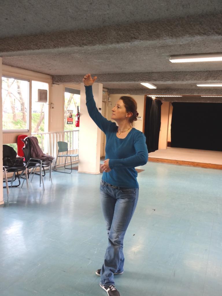 2/2- Marie-Claude , danseuse étoile ?